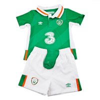 Umbro Ireland Baby Home Kit 2016 - Green/White