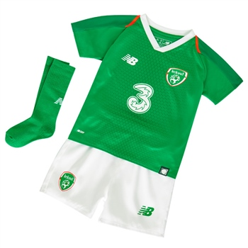 02f90afa4d0 New Balance FAI Ireland Infants Home Kit 18 19 - Green Orange White ...